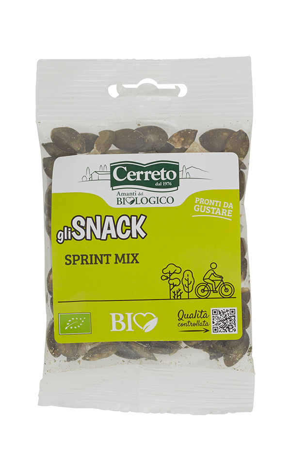 Snack Sprint Mix: Toasted Pumpkin Seeds and Ginger Cubes